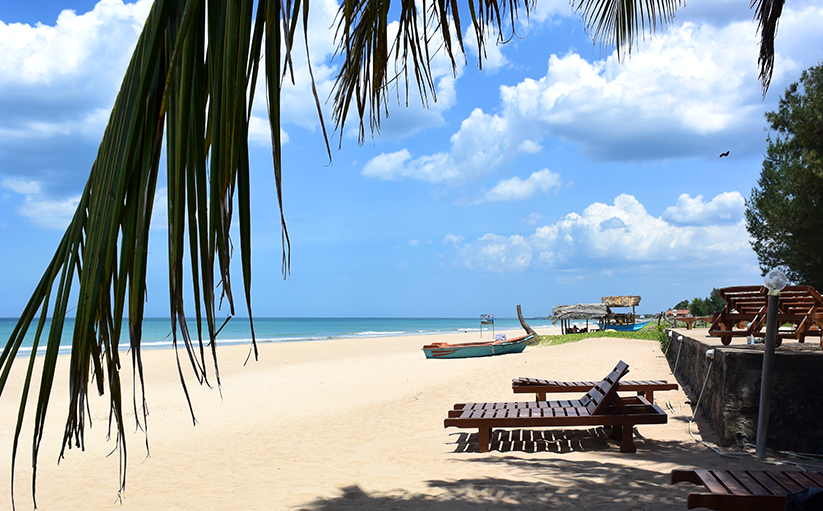 White sandy beaches on Sri Lanka's East coast inviting you to relax and dream.