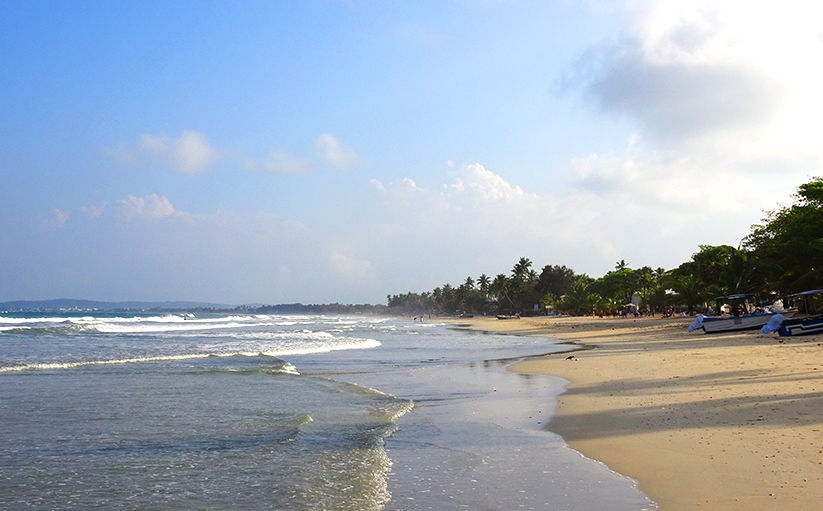 Sandy beachesDream beaches in Uppuvelli at Sri Lanka's East coast